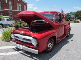 A variety of entries were featured at the record cruise-in featuring various types and years of vehicles.