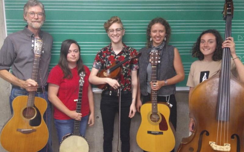 Phil Jamison, Rachel Dunaway, Willow Dillon, Trinity Esola and Maggie Hollar make the band, The Riverbenders.